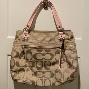 Large Coach purse- perfect for spring/summer